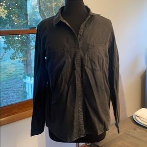 FOREVER 21 Grey Button Down Long Sleeve shirt